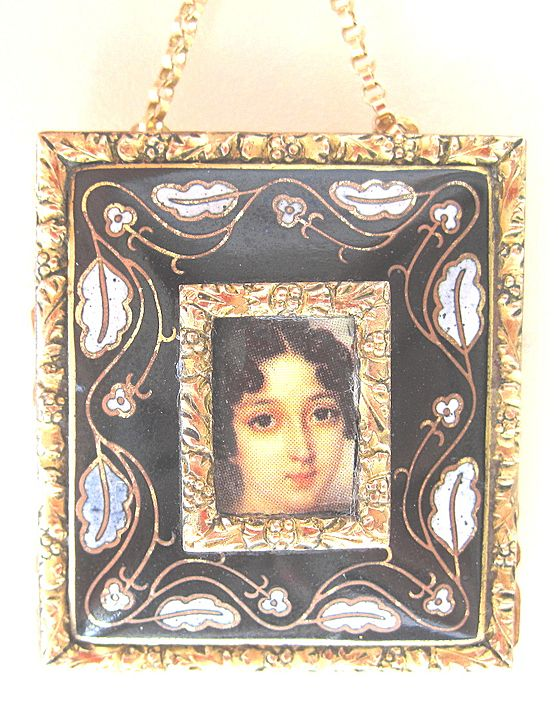 Pin Made From Vintage Findings a Portrait