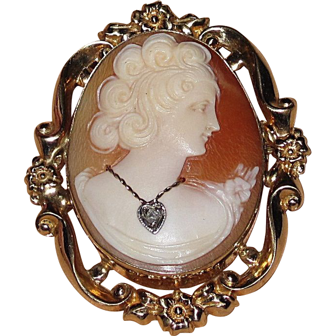 Wonderful Perfect Gift Vintage Cameo Brooch and Earrings