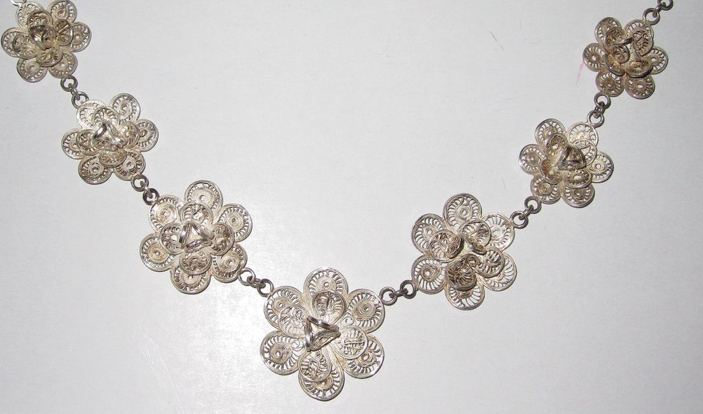 Fancy Silver Roses Filigree Necklace