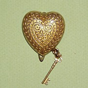 Made in France Vintage Heart and Key Dress Clip