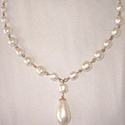 Wedding Necklace Baroque Glass Pearls A Must
