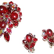Gorgeous Regency Red Art Glass and Rhinestone Brooch and Earrings