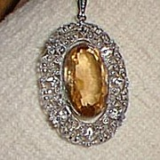 Lovely Pendant Necklace Glass Pale Topaz Silver