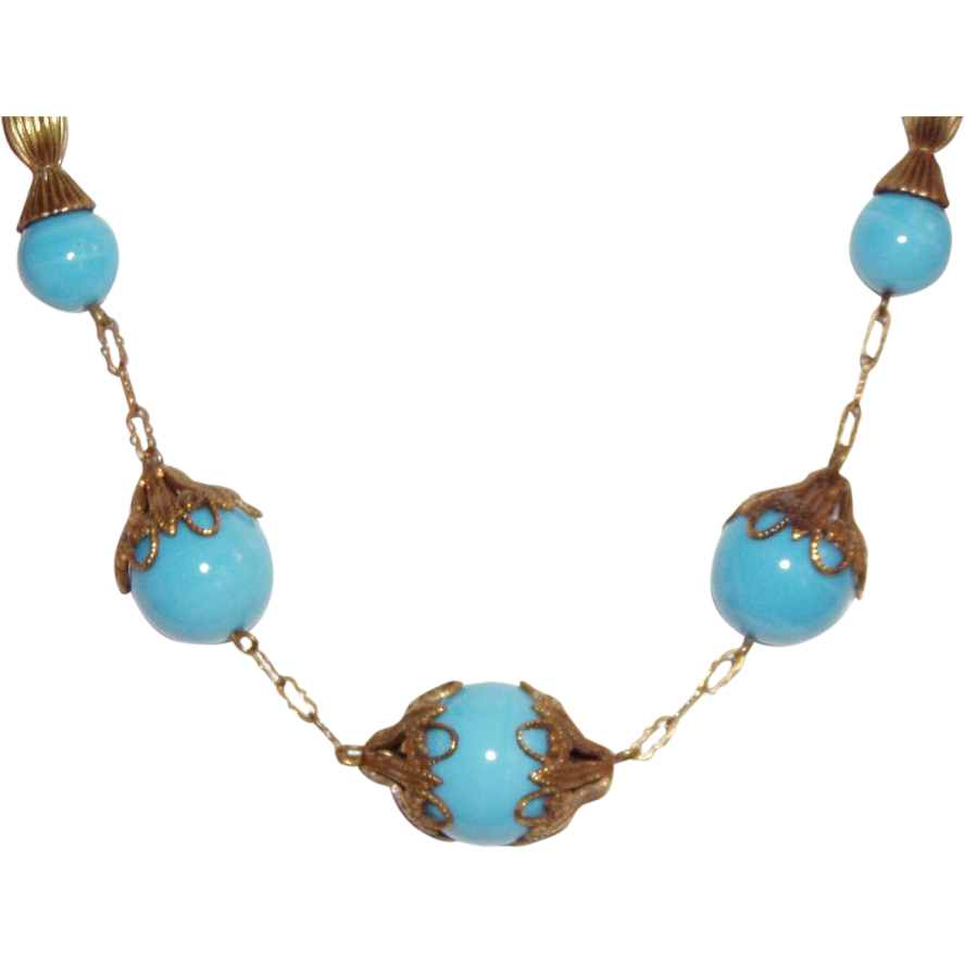 Lovely Glass Art Deco Necklace