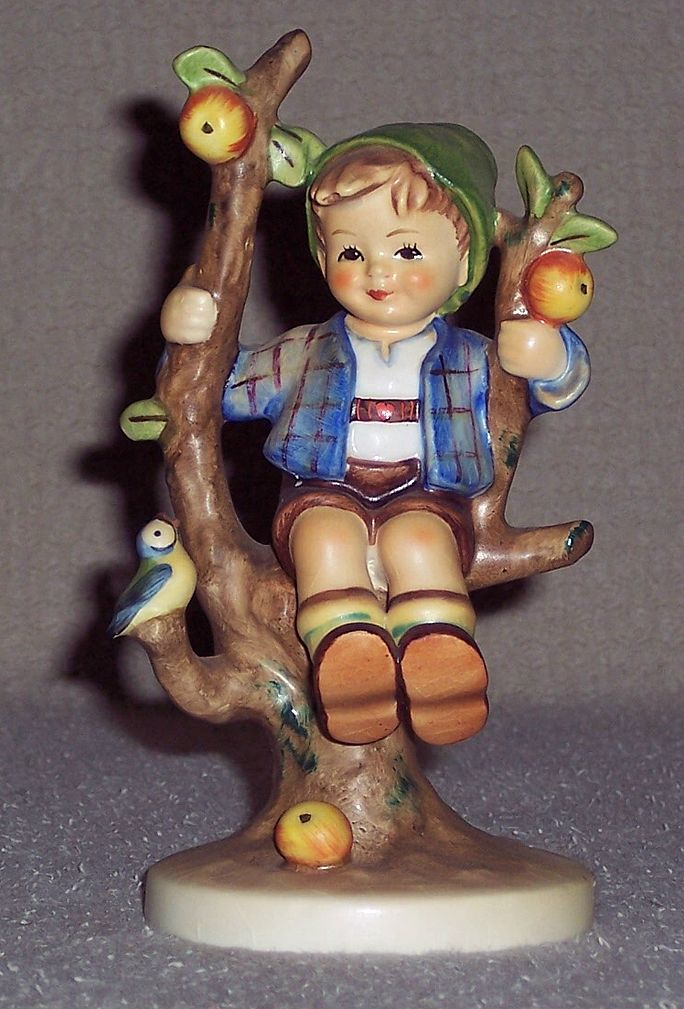 Hummel -  Apple Tree Boy - TM 3