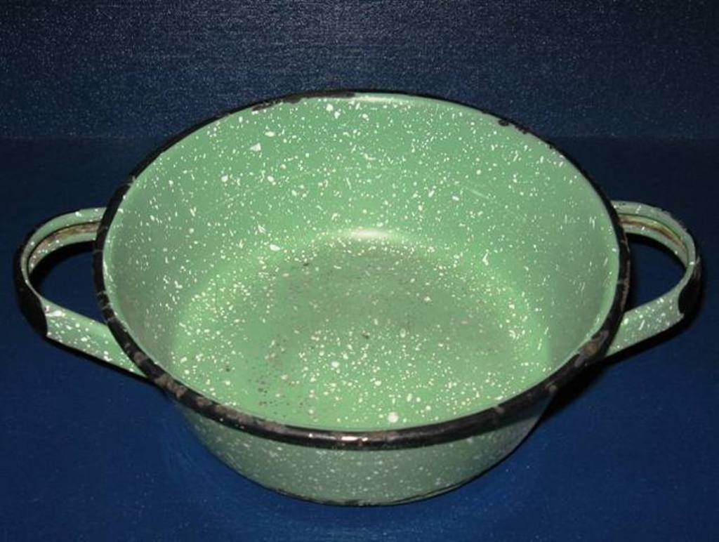 Two Handled Shallow Graniteware Pan