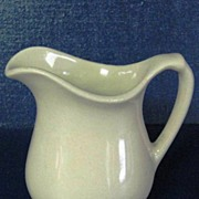 Wallace China Restaurant Ware Creamer Syrup Pitcher