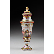 Rudolstadt Capo di Monte Covered Vase