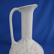 Red Wing Magnolia Pitcher #1219, Eggshell Ivory,ca. 1946