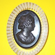 SALE Cameo Mourning Brooch: Lady Face: Reverse-Carved Clear Lucite & Carved Black Plastic: Vin