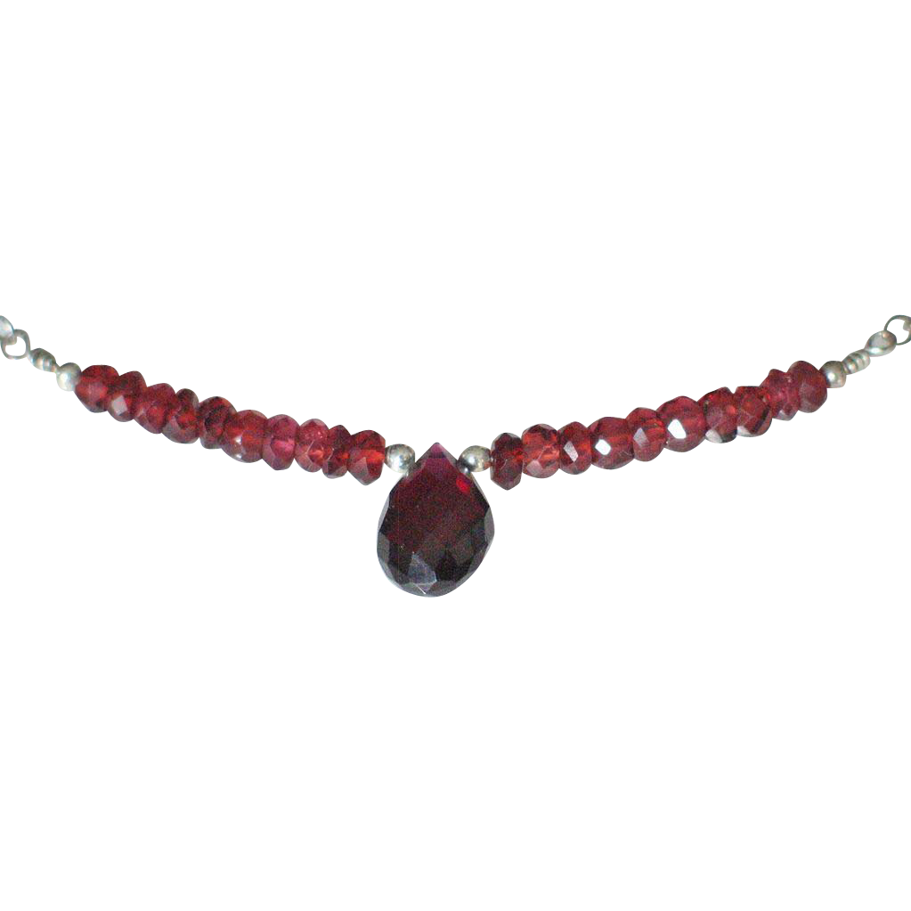 "Orissa Garnet Necklace by Pilula Jula ""The Reflex"""