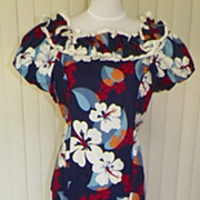1960s /1970s Floral Hawaiian Maxi Dress