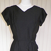 1950s Sophisticated Black Rayon Bow Dress - Bust 38