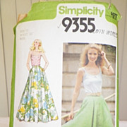 1979 Simplicity Pattern 9355 - Misses Full Skirt in Two Lengths