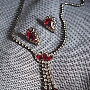 Beautiful Red & Crystal Rhinestone Necklace & Earrings