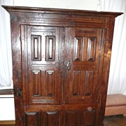 REDUCED Early 17th century - French Brittany armoire