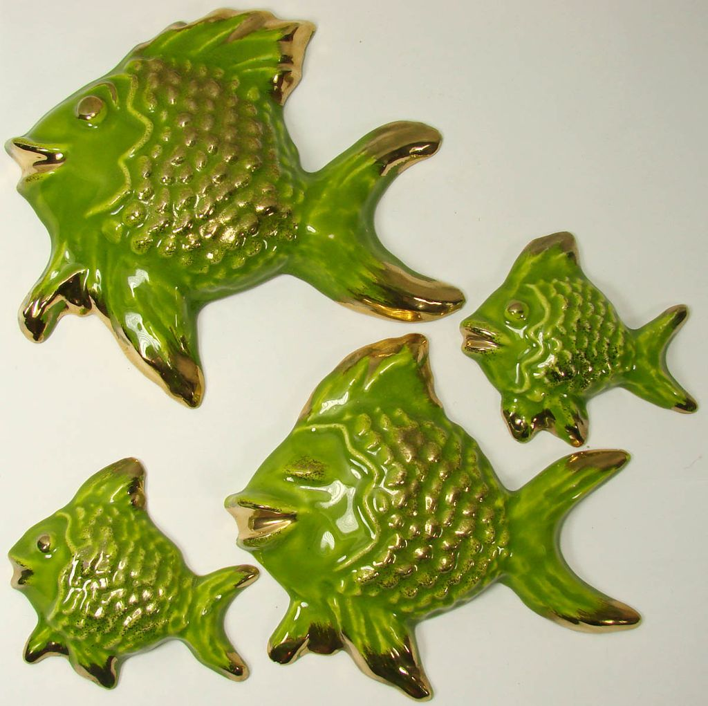 Vintage 1960s Green & Gold Fish Family Ceramic Wall Plaque 4 piece Set