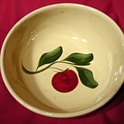 Vintage Watt Pottery Three Leaf Apple #73 Bowl
