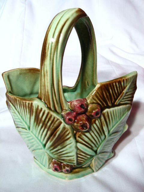 Vintage Mccoy Leaf And Berry Basket From