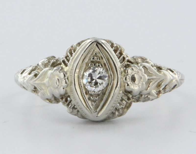 Art Deco Diamond 14 Karat White Gold Filigree Flower Engagement Ring from pre