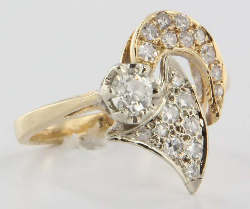 Vintage Estate 14 Karat Yellow Gold Diamond Cocktail Ring Fine Jewelry from