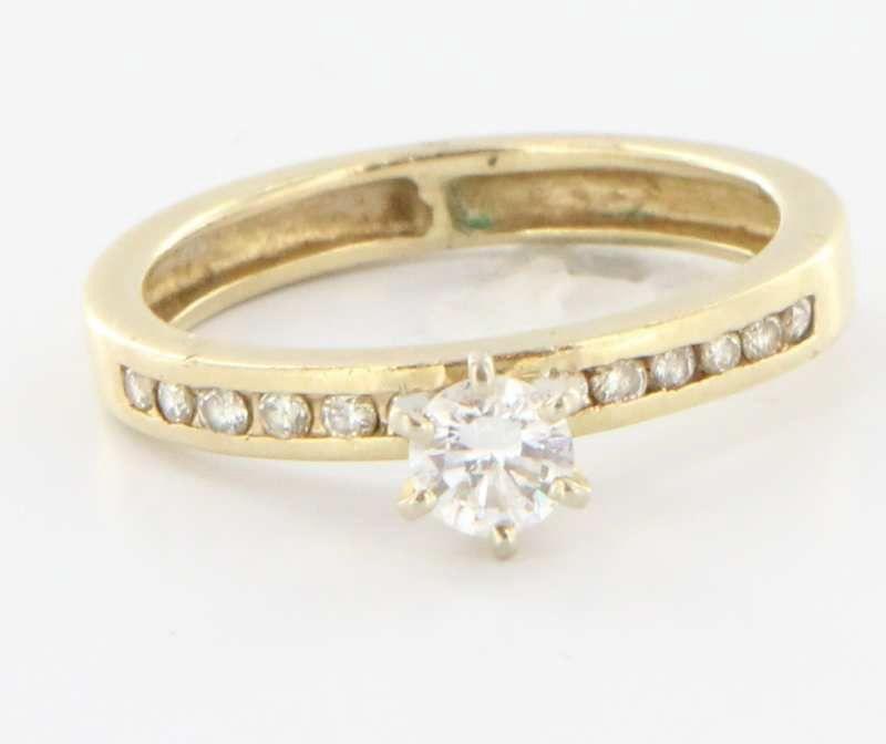 estate 14 karat yellow gold engagement ring