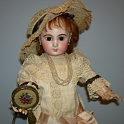 "Pretty 19"" - E 8 J - JUMEAU - Brown Paperweight Eyes - Talking Pull string Body!!!"