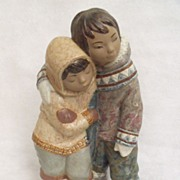 Lladro Gres Ninos del Artico (Eskimo Boy and Girl) Porcelain Figurine