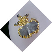 Striking RUSSIAN DANCERS Gold Plate & Slate Enamel Brooch
