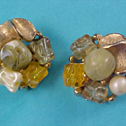 DESIGNER Signed  ART - Art Glass & Crystals  Gold Plate Clip Earrings