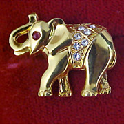 PAVE` DIAMANTE ELEPHANT Figural - Ruby Red Rhinestone - Crafted in Gold Plate