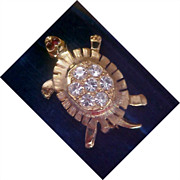 Diamante TURTLE ~ Ruby Rhinestone Eyes - Gold Plate Brooch