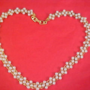 SALE NAPIER - Simulated Pearls Strung Gold Plate Chain Circa 1988-99 Necklace