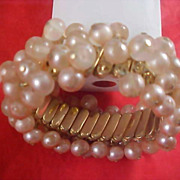 Simulated Pearls CHA CHA Expandable 1940's Bracelet - Signed Made in Japan