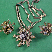 Unsigned CORO Pendant w/Fleur-de-Lis   - Chain & Screw Back Earrings