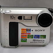FREE SHIPPING USA - Sony Mavica MVC-FD75 0.4 MP Digital Camera - Metallic Silver Metal