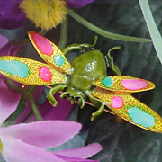 Charming Gilt Gold - All Metal - Pastel Enamel FLY Brooch