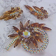 Showstopper~D & E JULIANA Topaz & Aurora Borealis Brooch & Earrings Demi Parure
