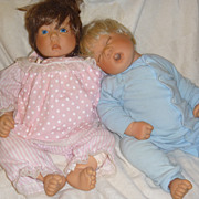 Lee Middleton Artist Dolls Boy and Girl Baby Doll Pair
