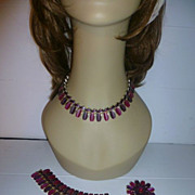 Lisner Thermoset Parure Set Two Toned Purple Necklace Braclet Earrings