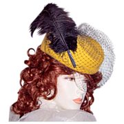Vintage hat mustard yellow wool 1930's huge black  orstrich feather trim