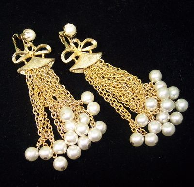 Vintage Coro jewelry runway shoulder duster chandelier 4 inch earrings