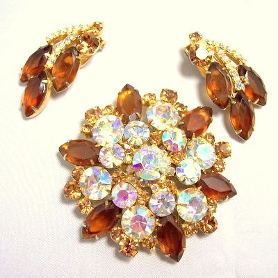 Vintage rhinestone jewelry huge brooch earrings demi rootbeer and champagne