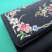 Vintage 1970's  fashion accessories embroidery flowers luxury design clutch