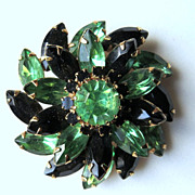 Vintage 1950's jewelry tiered brooch St Patrick's Day green