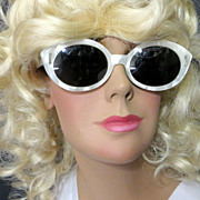 Vintage 1950's luxury Hollywood glamour white Lucite mother of pearl sunglasses