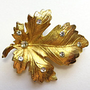 Vintage Coro jewelry dainty gold-tone leaf sparkling rhinestones