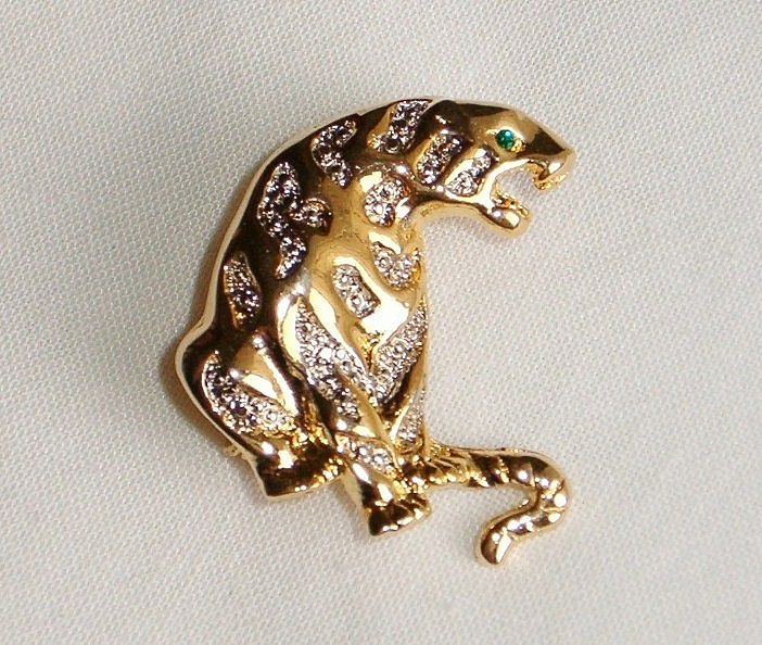 Lion or Tiger Brooch With Emerald Green Eye