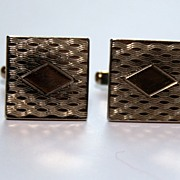 Vintage 1960s Etched Cufflinks � Center Diamond Design