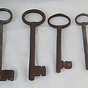 4 Large Vintage Cast Iron Church Keys
